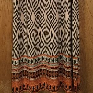 Gorgeous maxi skirt Sz L.